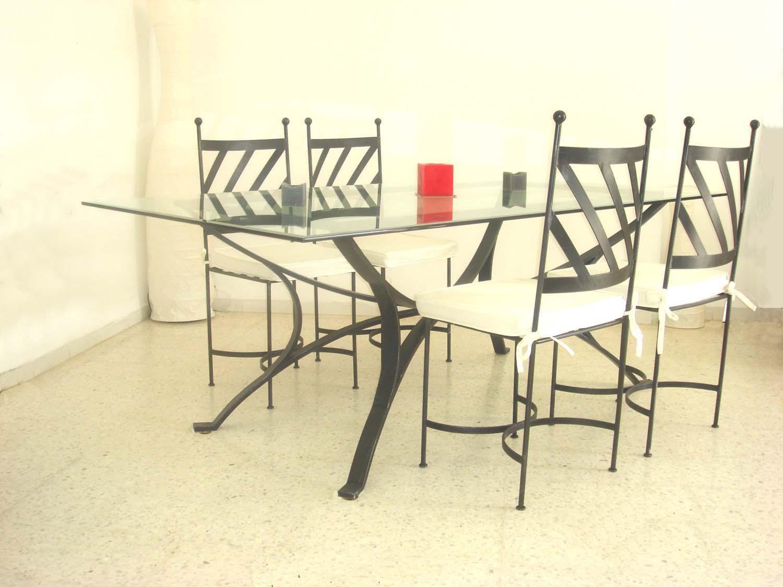 Fer forg pour un int rieur tendance - Patin pour chaise en fer forge ...
