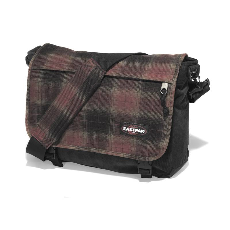 Un hiver branch avec les sacs timber lake d 39 eastpak for Eastpak carreaux