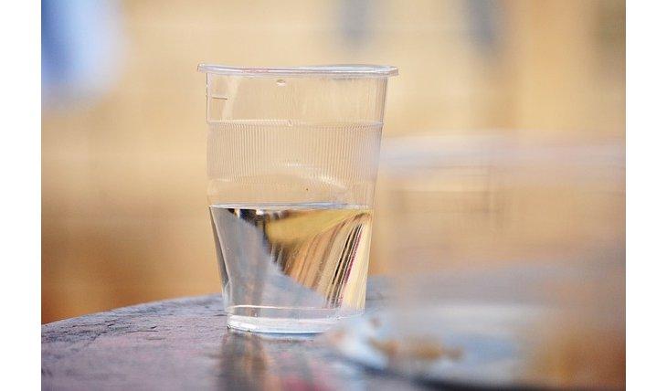 5 utilisations insoup onn es du vinaigre blanc for Utilisation du vinaigre blanc pour le linge